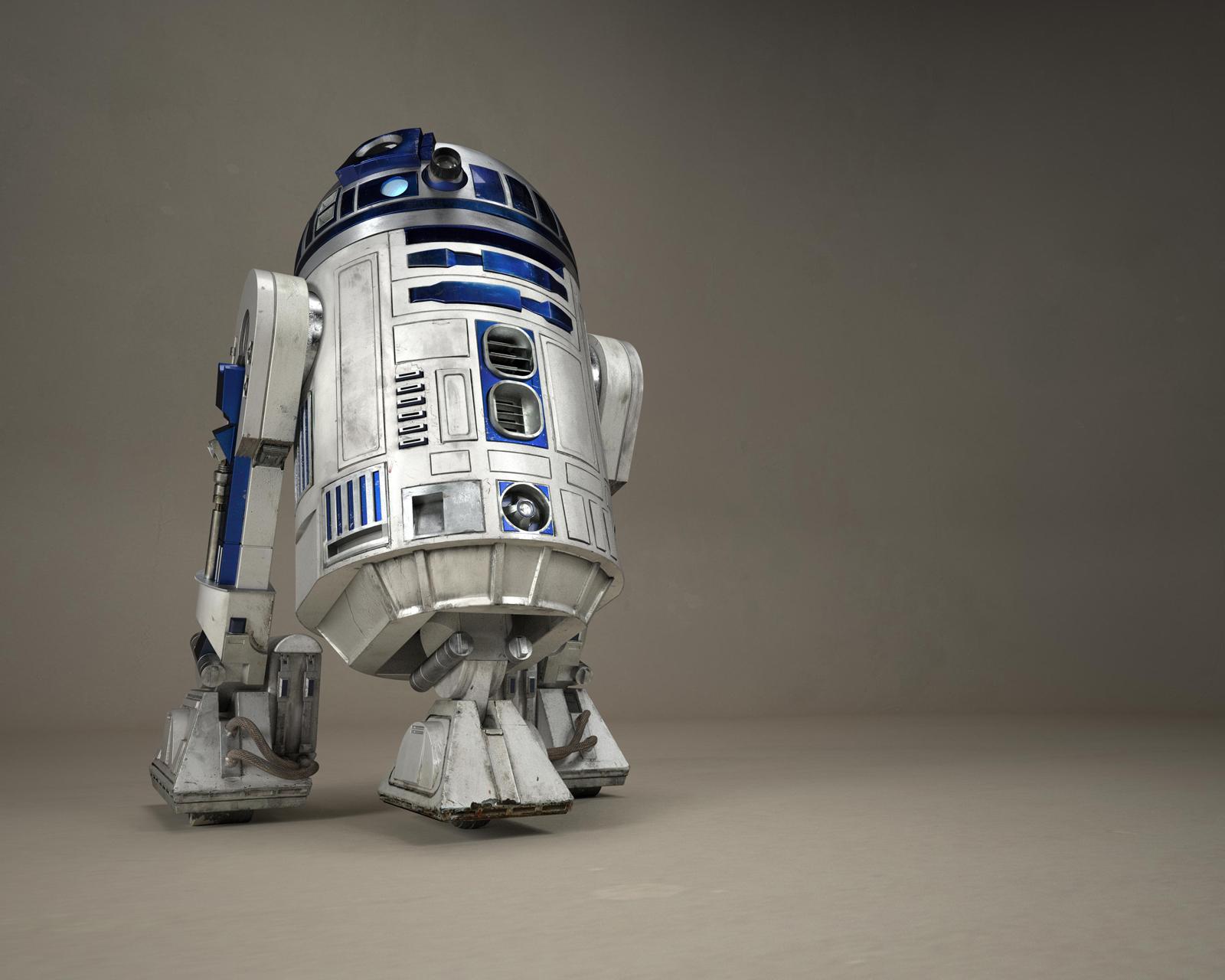 R2_Magazine